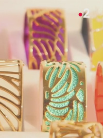"France 2 - TV show C'est au programme ""Try out... XXL Jewellery"""